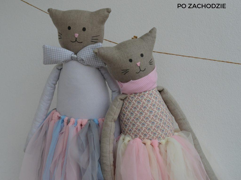 pomysl-na-prezent-dla-dziecka-duza-maskotka-przytulanka-po-zachodzie-1