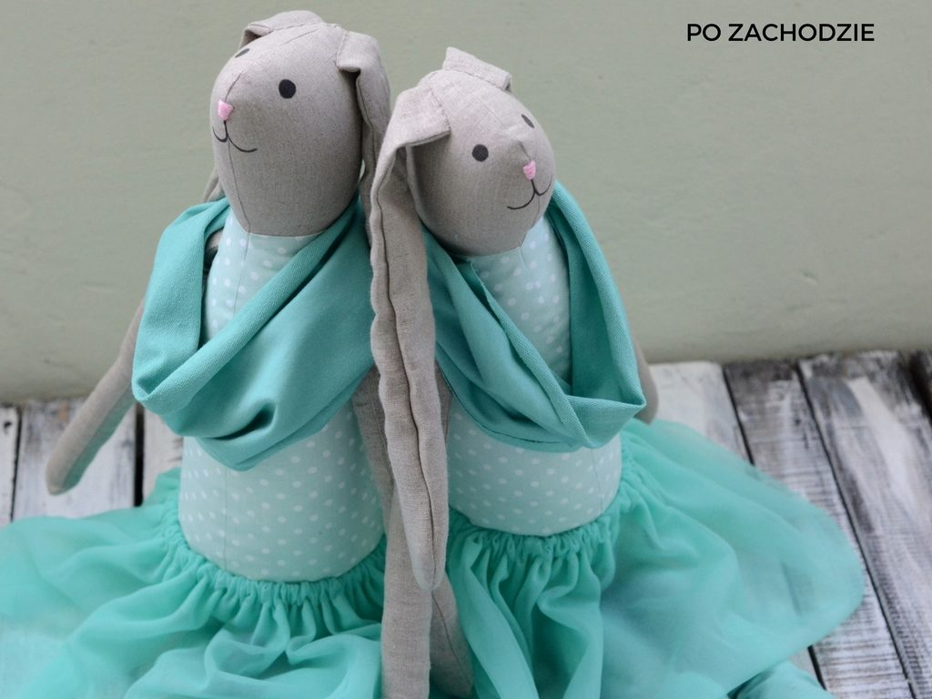 pomysl-na-prezent-dla-dziecka-duza-maskotka-przytulanka-po-zachodzie-21