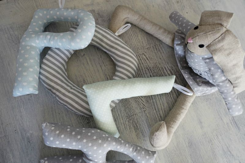 królik przytulanka dla niemowlaka